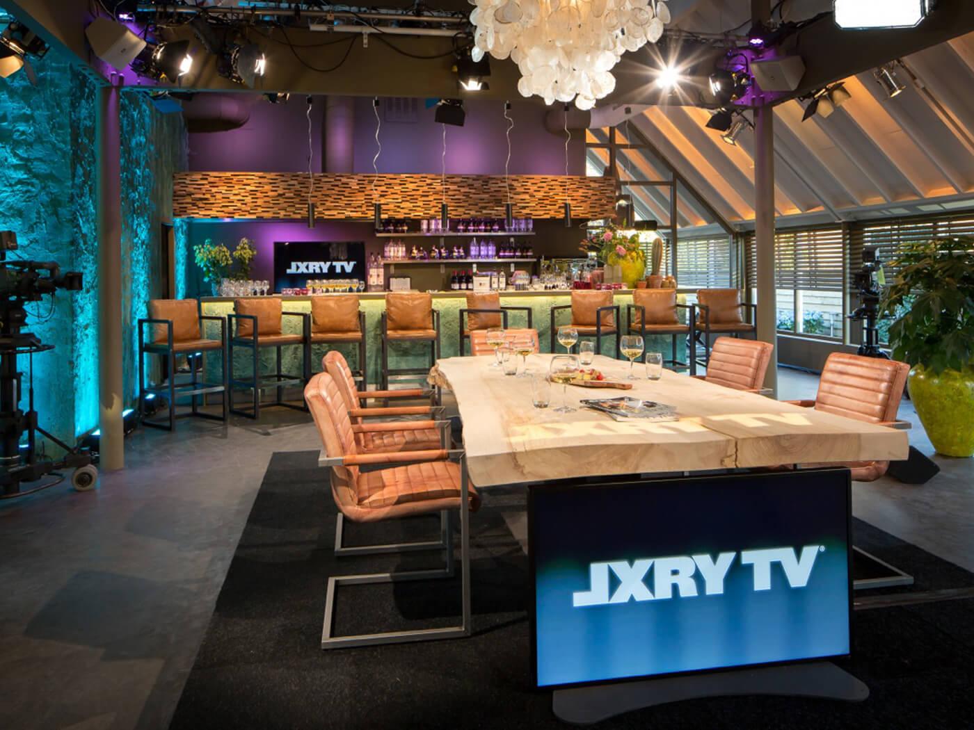 Decor design JFK LXRY TV